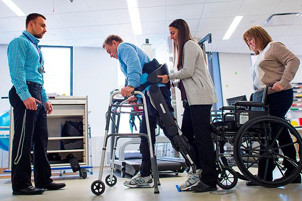 Реабилитация после травмы позвоночника в центре «Движение» Херсон